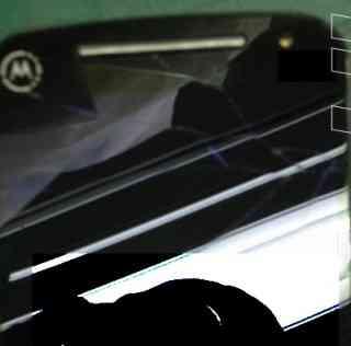 Moto G2, immagine e nuove foto dal vivo evidenziano differenze col predecessore